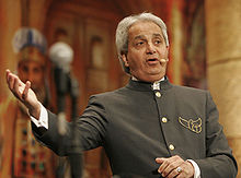 Benny Hinn: Fraud Scam & Divorce